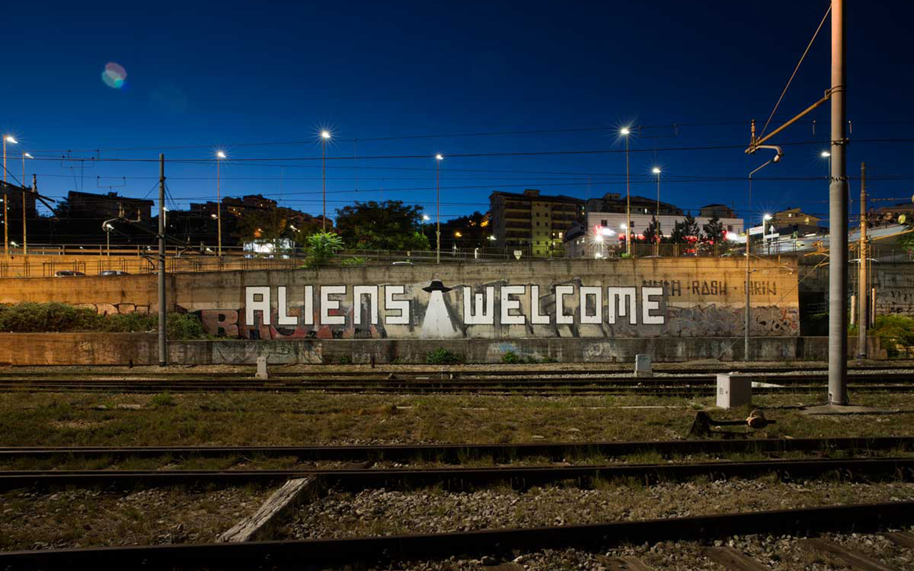 aliens welcome